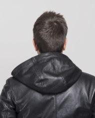 giacca-uomo-con-cappuccio-sportiva-nera-in-pelle-di-agnello-nappato-crust_1902_9